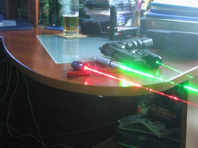 Мощный лазер из старого dvd