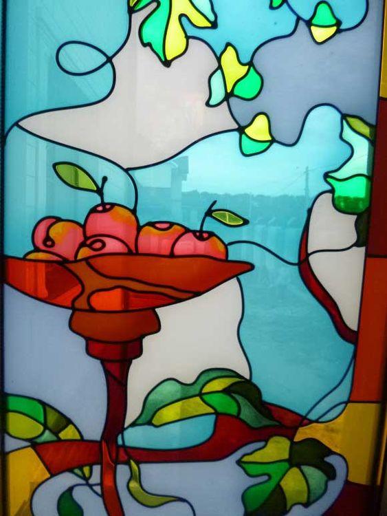 Витраж выполненный на стекле