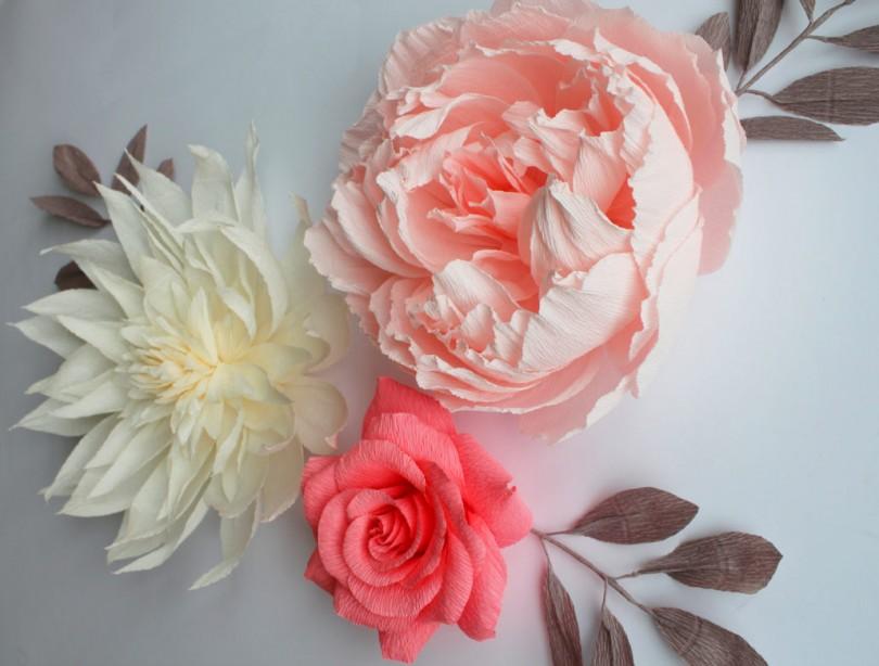 Розы из гофрированной бумаги своими руками + мастер-класс с фото