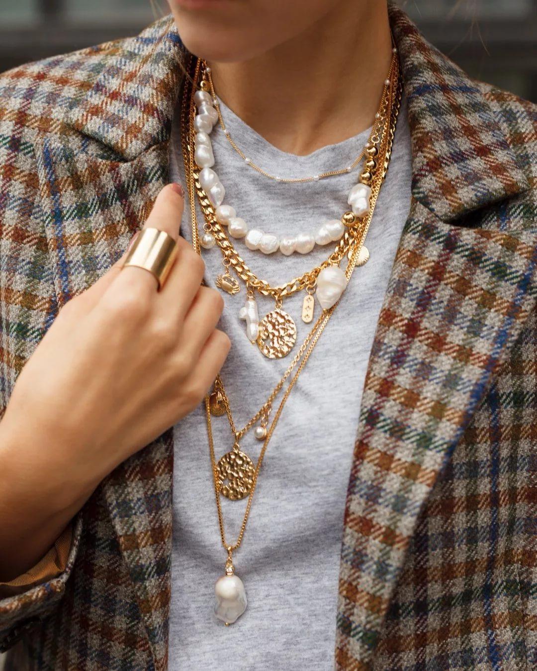 Как правильно носить украшения: 10 практических советов
