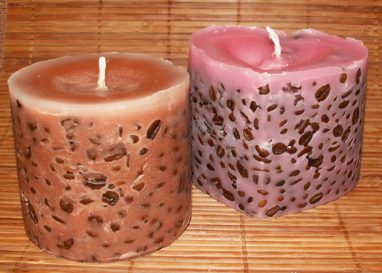 Декоративные свечи: виды и размещение в интерьере