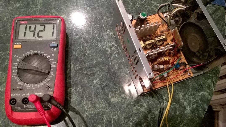 Сделать зарядное устройство с помощью блока питания компьютера.
