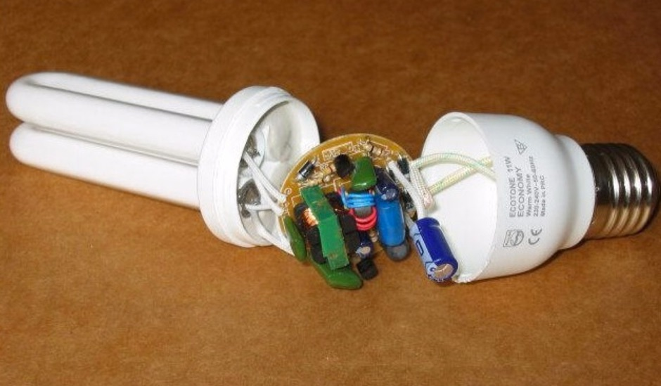 Блок питания из энергосберегающей лампы своими руками