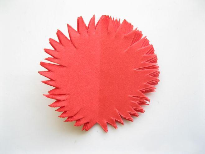 Гвоздики из гофрированной бумаги своими руками, как сделать гвоздику из цветной бумаги: объемная, для вырезания (распечатать цветы)