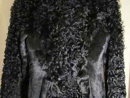 Трендовые цвета и фасоны шубок из козы