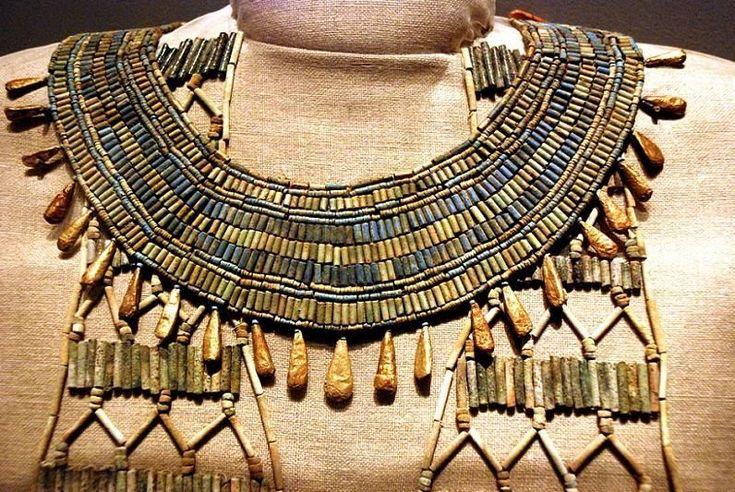Египетские украшения для женщин: фото, обзор и описание изысканных изделий