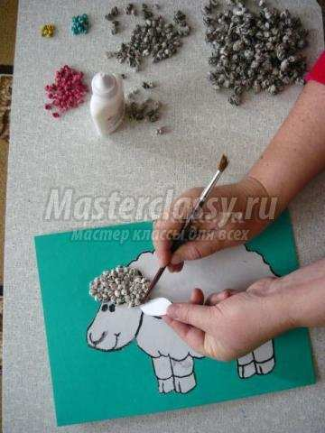 Поделка барашек из бумаги. красивая новогодняя поделка овечка, созданная своими руками, будет прекрасным подарком или дополнением к подарку для близкого человека