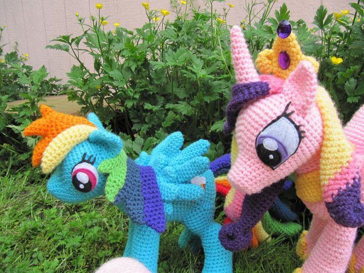 Очаровательная розовая пони амигуруми: описание вязания