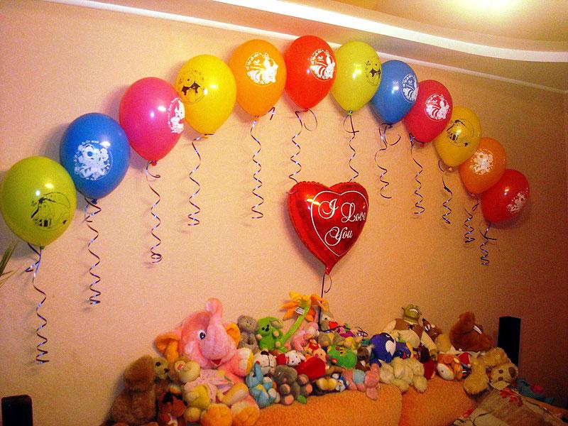 Как украсить комнату шарами (20 идей в картинках для домашнего праздника)