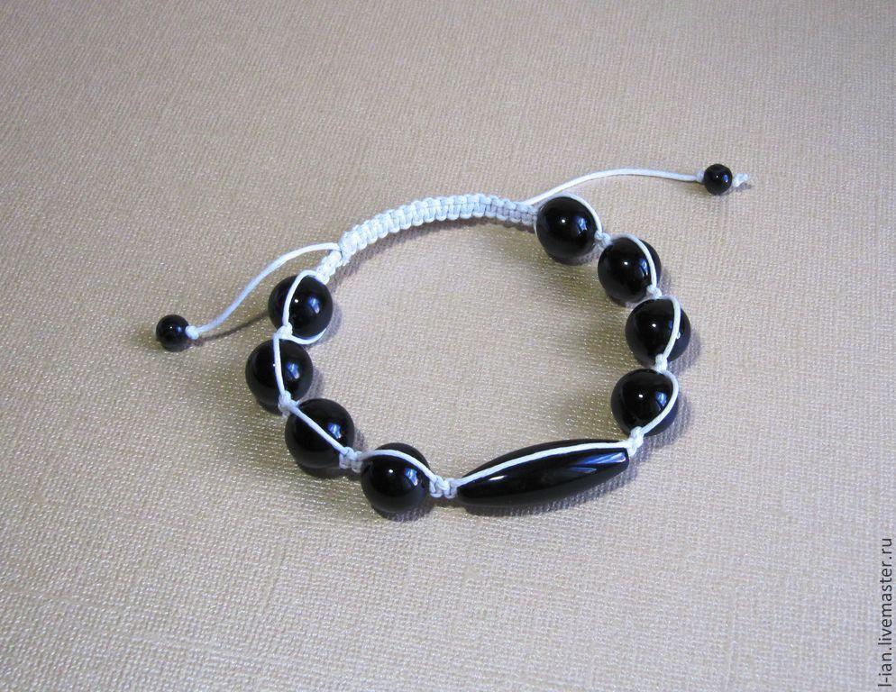 Буддийский браслет шамбала: на какой руке носить, магические и внешние характеристики амулет