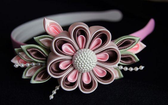 Цветы из атласных лент своими руками. мастер класс для начинающих, пошаговая инструкция канзаши