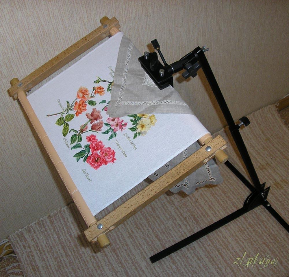 Как оформить миниатюрную вышивку своими руками или рамка-иллюминатор из ткани