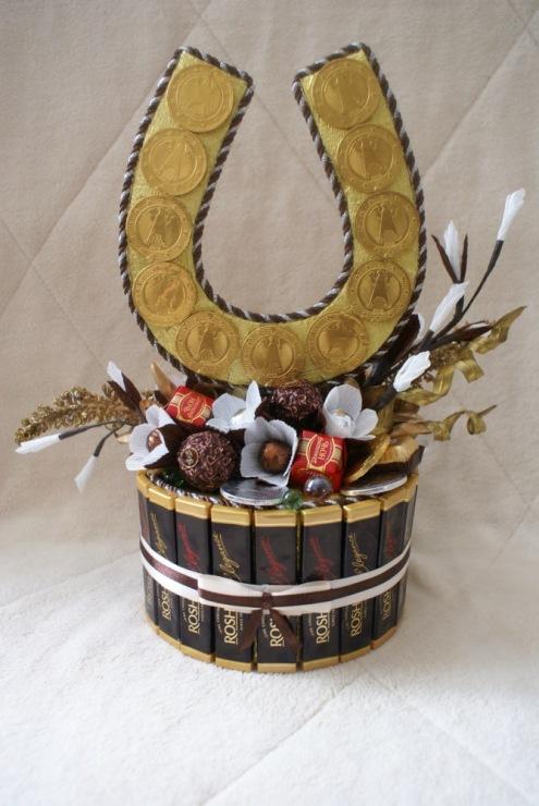 Букет из конфет подкова, мастер - класс с пошаговыми фото