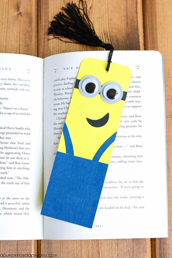 Закладки для книг своими руками: 10 способов как сделать закладки пошагово с фото