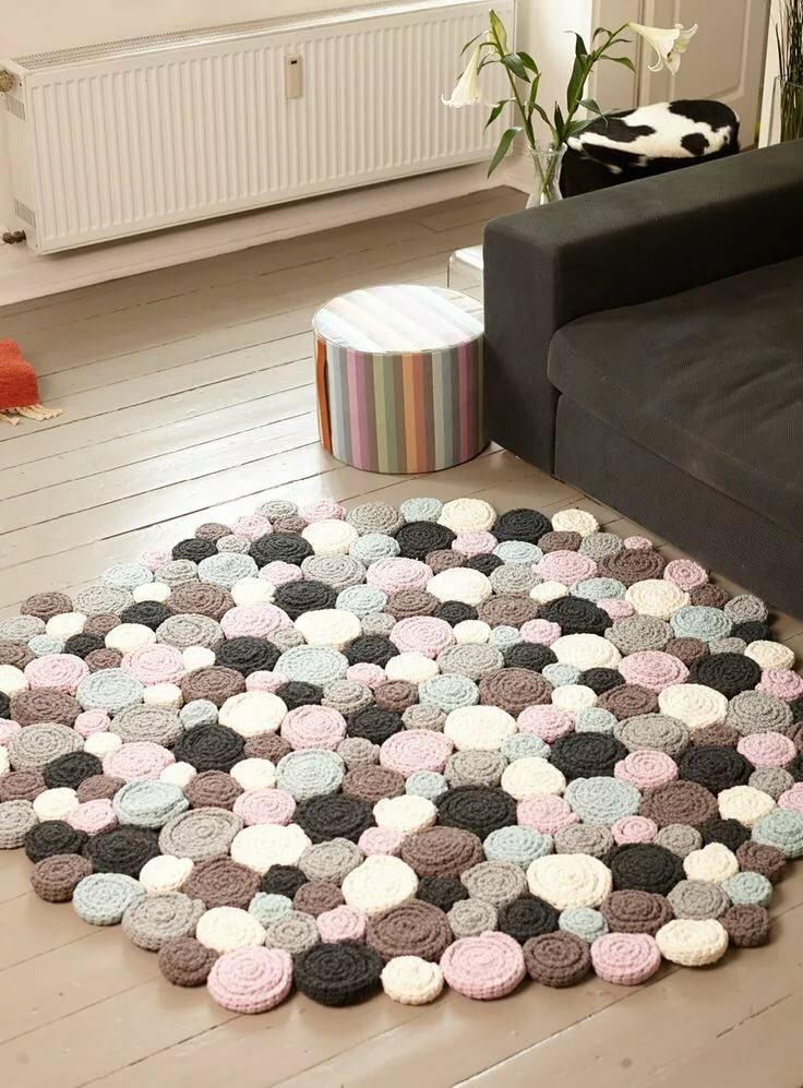Как связать крючком коврики для дома или квартиры