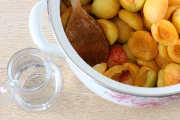 Как сделать пюре из абрикос. детское абрикосовое пюре для прикорма на зиму