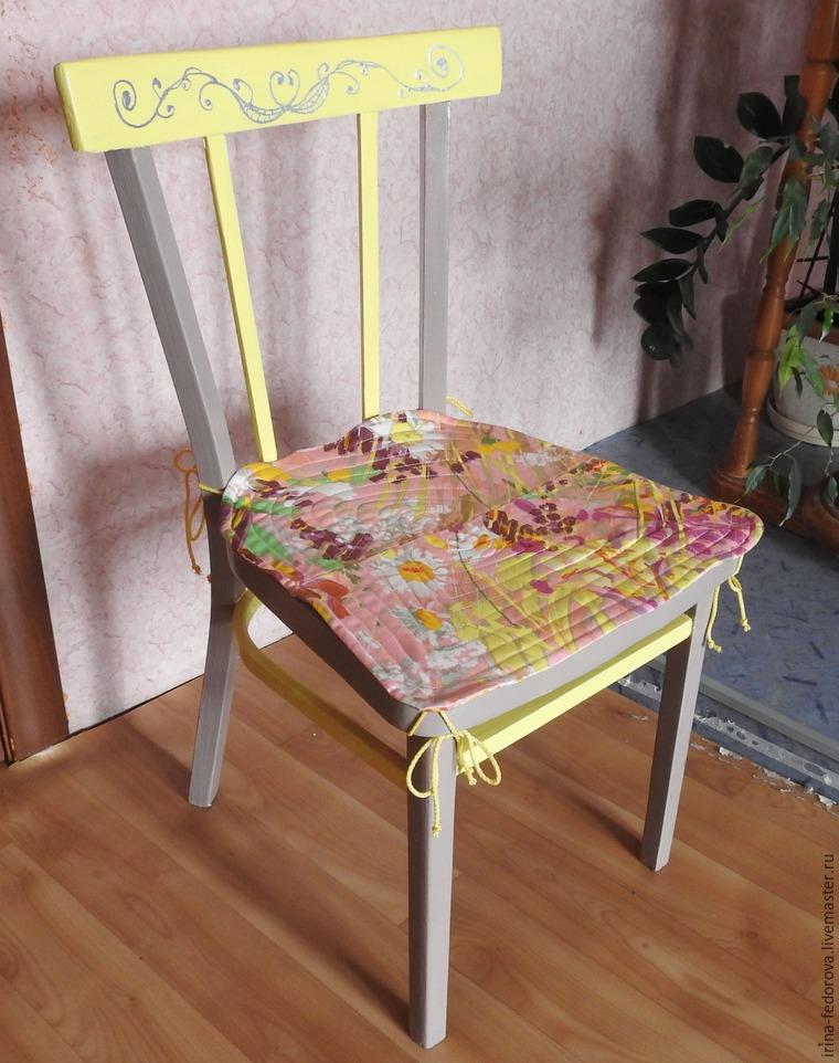 Декор предметов декупаж вторая жизнь табурета бумага краска салфетки