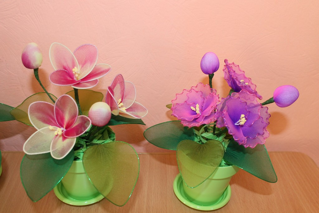 Цветы из капроновых и шелковых лент своими руками в технике канзаши и других