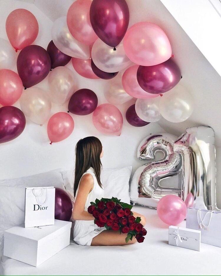 Как украсить комнату шарами своими силами. 20 идей с фото.   снова праздник!