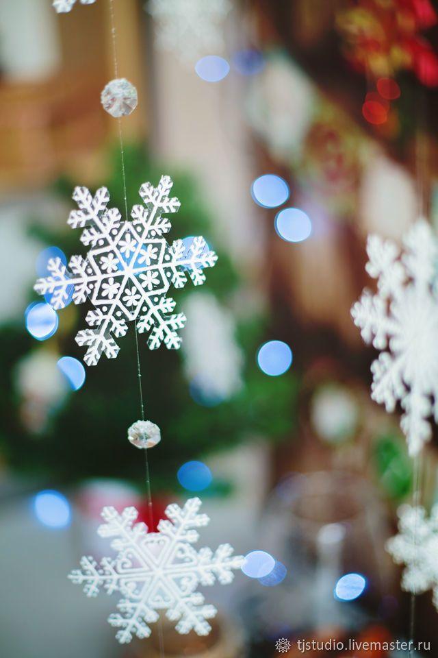 Объемные снежинки из бумаги своими руками: пошаговая инструкция, фото. как сделать объемную снежинку 3d на новый год из бумаги?