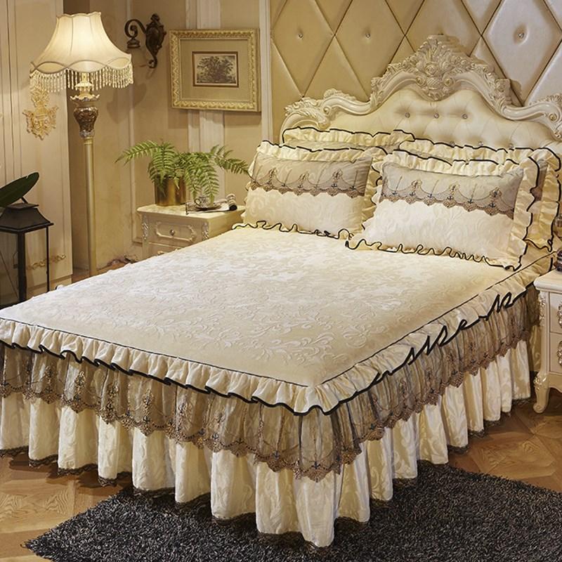 Где купить красивое покрывало на кровать, практичные советы покупки в интернет-магазине москвы.