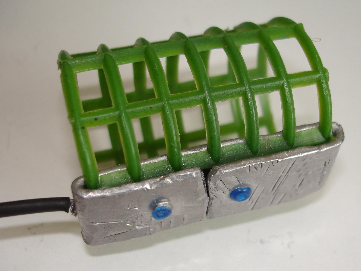 Как выбрать кормушки для сильного течения и оснастить фидер