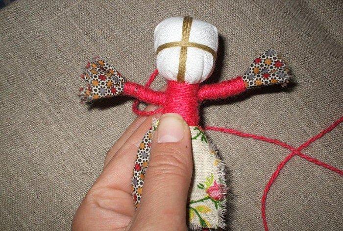 Куклы-обереги из ниток своими руками