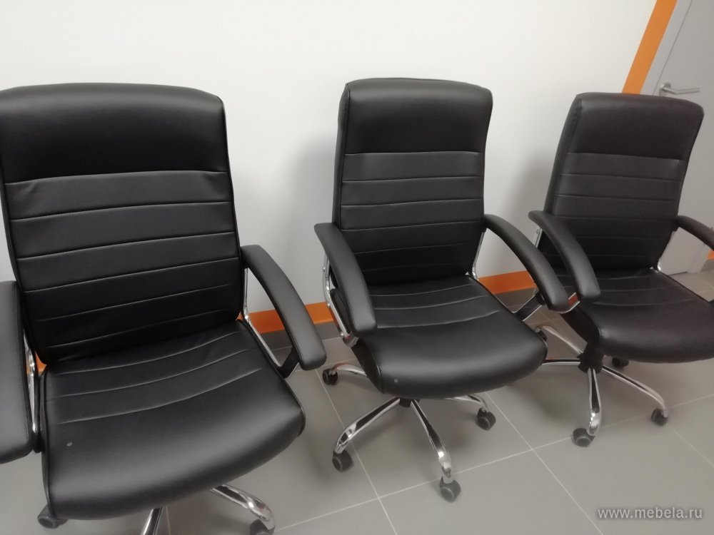 Как перетянуть компьютерное кресло: подбор необходимых материалов и процесс перетяжки стула