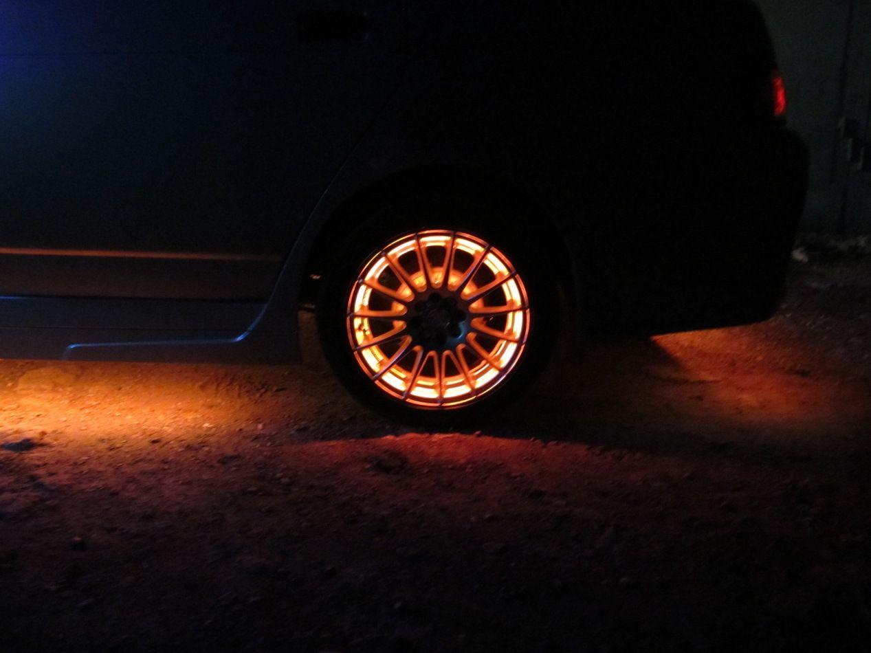 Подсветка колес автомобиля своими руками. как сделать беспроводную подсветку дисков?