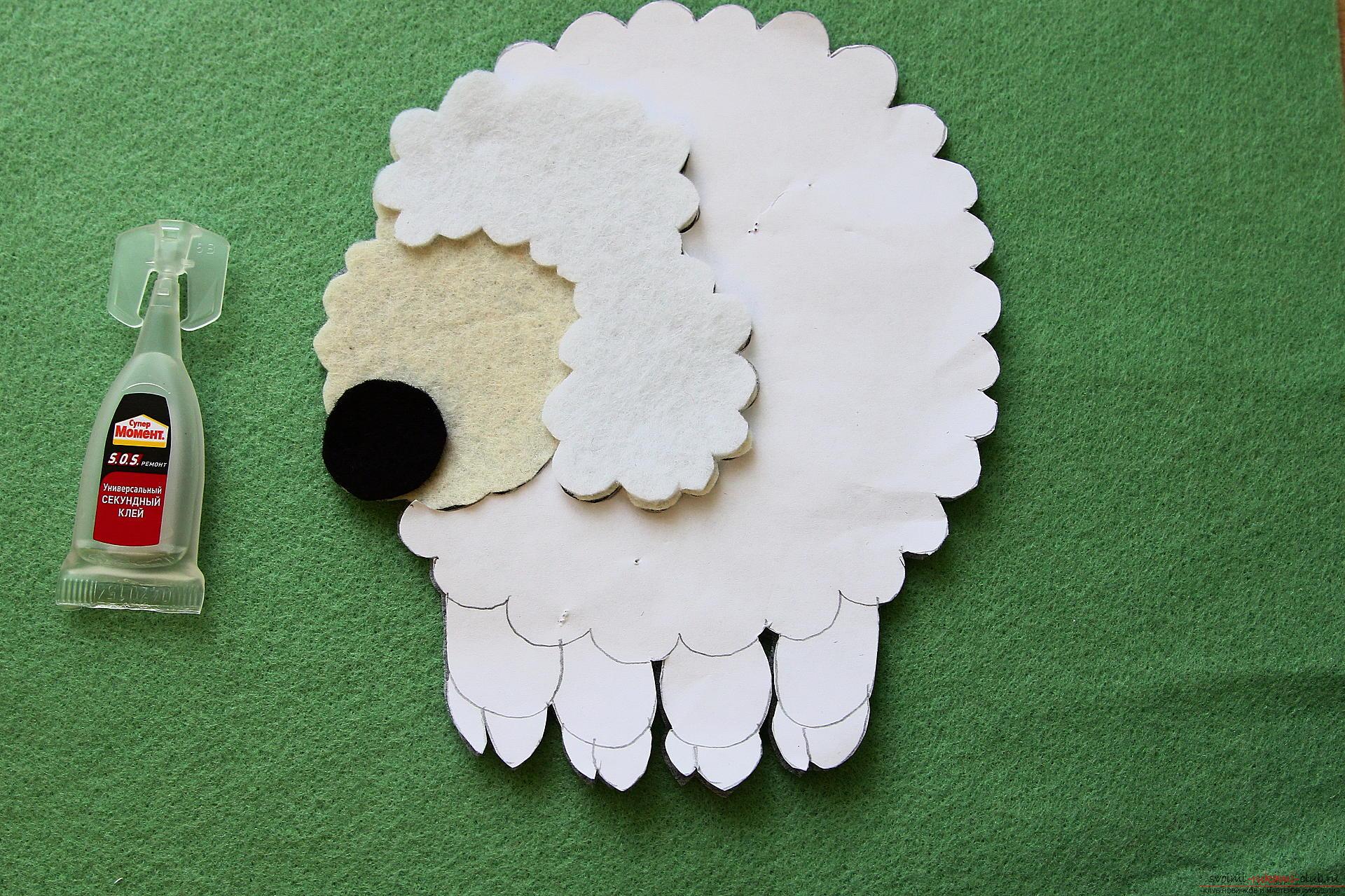 ᐉ овечка из фетра. овечка из фетра своими руками: мастер-классы по изготовлению брелока, елочной игрушки и подушки в виде овечки. функциональный сувенир – брелок из овечки ✅ igrad.su