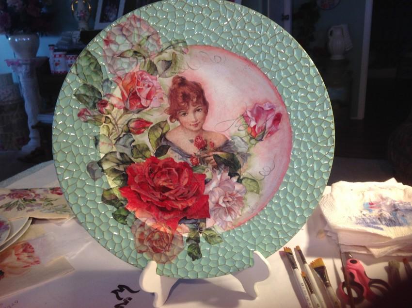 Декупажа тарелок - 96 фото идей создания оригинальной тарелки