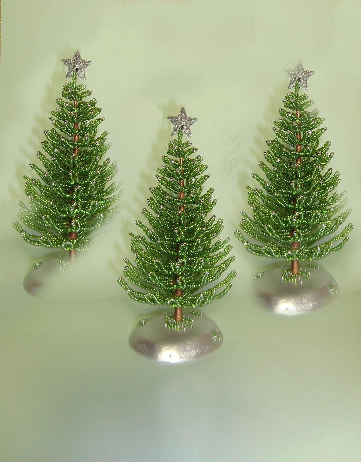 Новогодняя елка из капрона