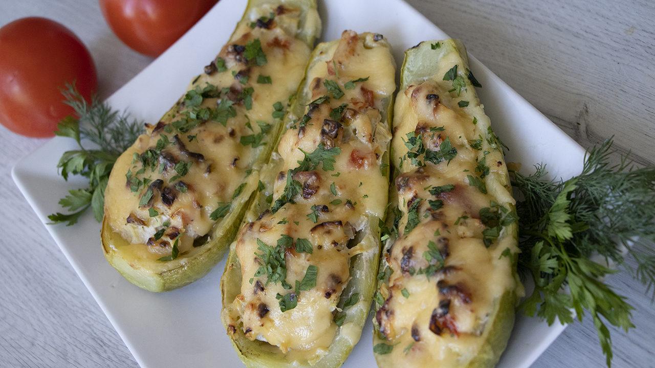 14 очень вкусных блюд из кабачков - лайфхакер