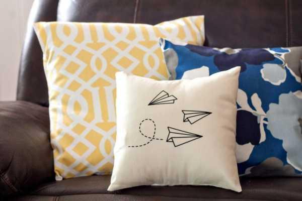 Декоративные подушки – как правильно выбрать, разный дизайн и советы, как сделать своими руками?