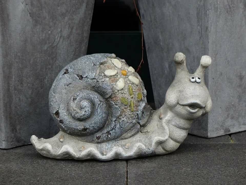 Садовые фигуры из бетона своими руками. что можно сделать?