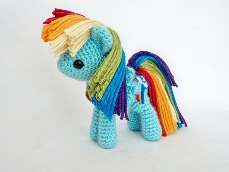Единорог крючком, 25 описаний и схем вязания игрушки