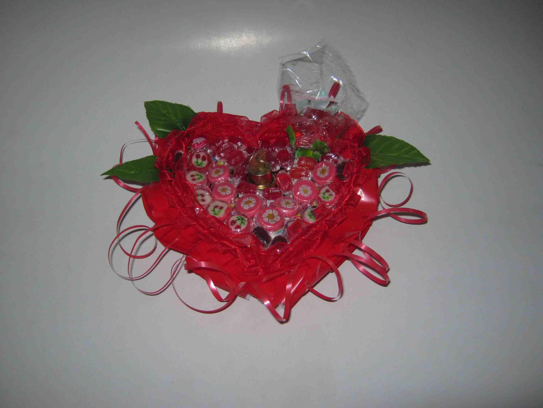 Сердце из конфет. мастер-класс