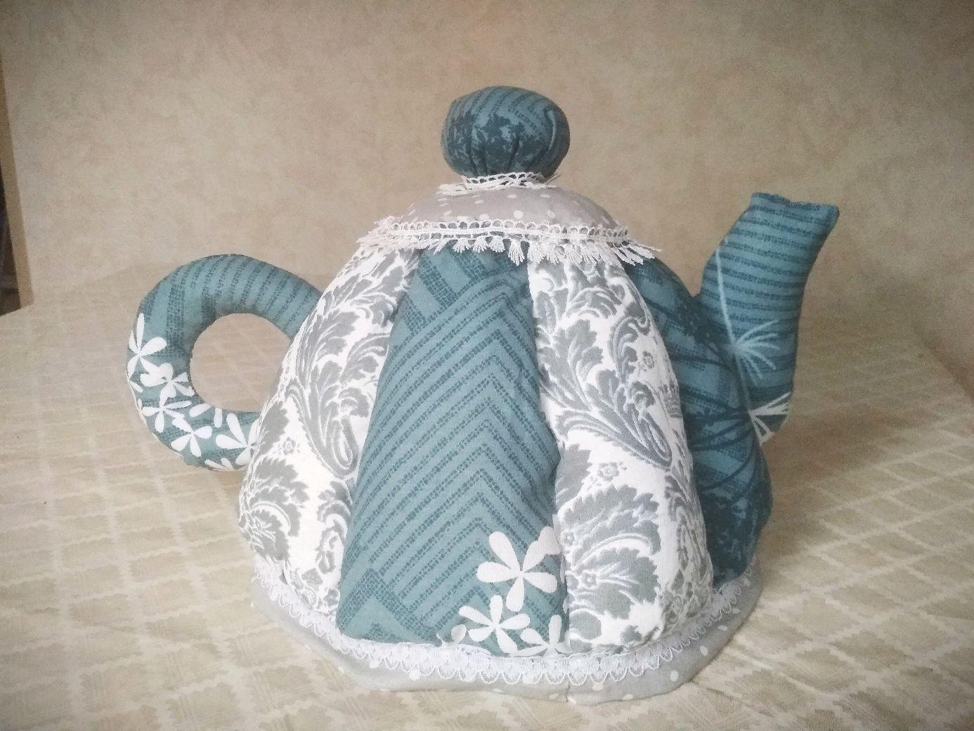 Декоративная грелка на чайник из того, что под рукой