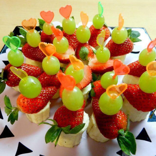 Как красиво нарезать фрукты: на стол в домашних условиях, фото, пошагово, овощи, на праздничный стол, на детский, на день рождения, своими руками, красиво