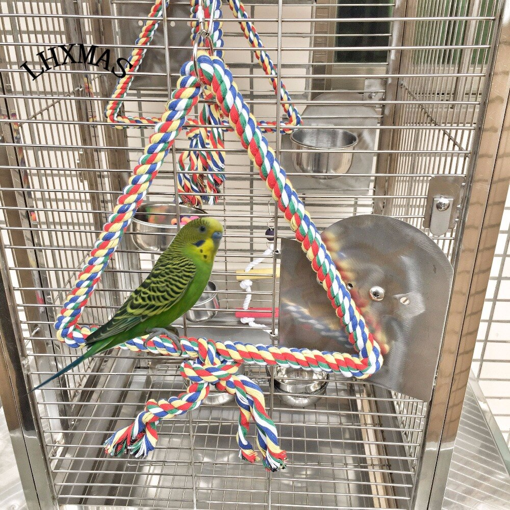 Игрушки для волнистых попугаев: как развлечь пернатого