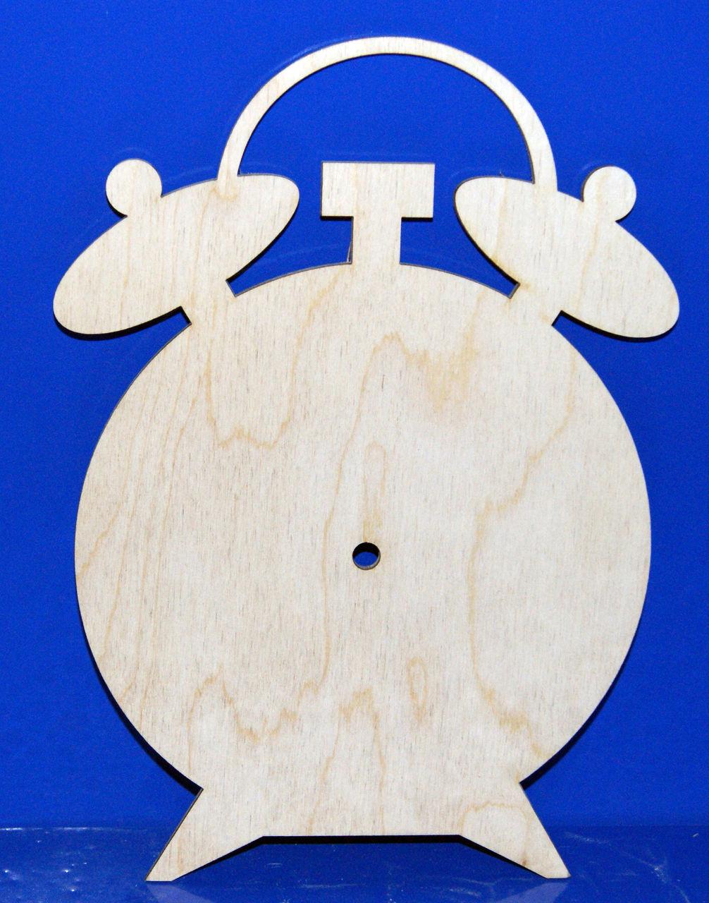 Часы из фанеры своими руками: инструменты, работа лобзиком, изготовление простых настенных часов