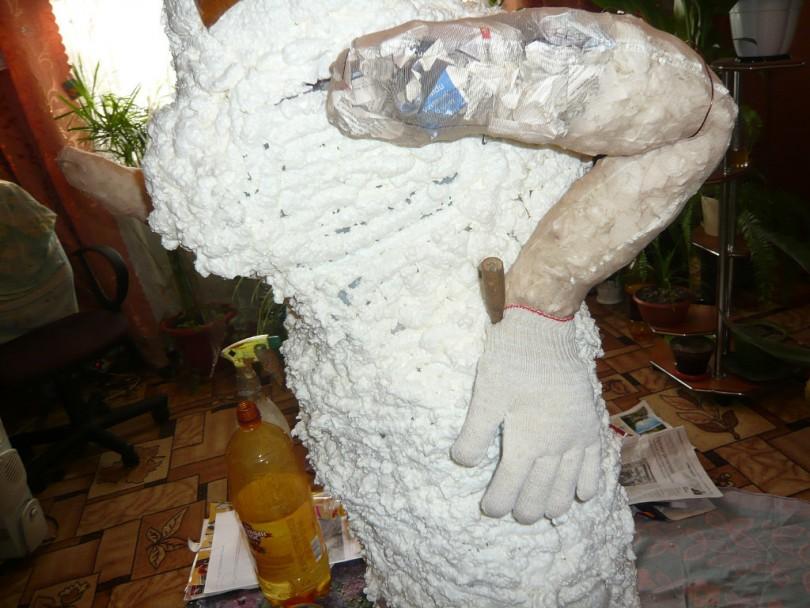 Слоник для сада из монтажной пены | страна мастеров