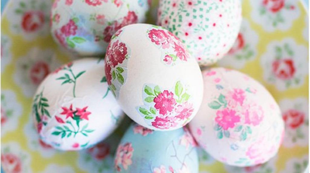 Готовимся к пасхе: украшаем яйца декупажем