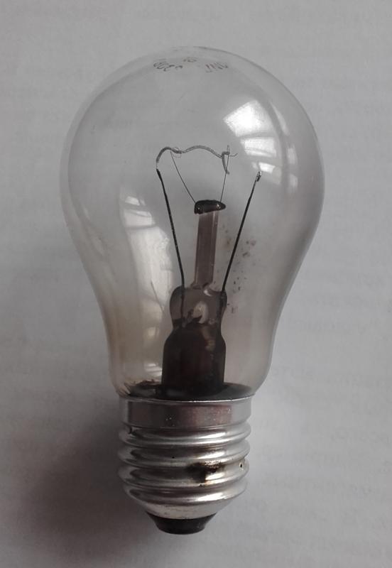 Почему перегорает лампа накаливания и как продлить ей срок службы?