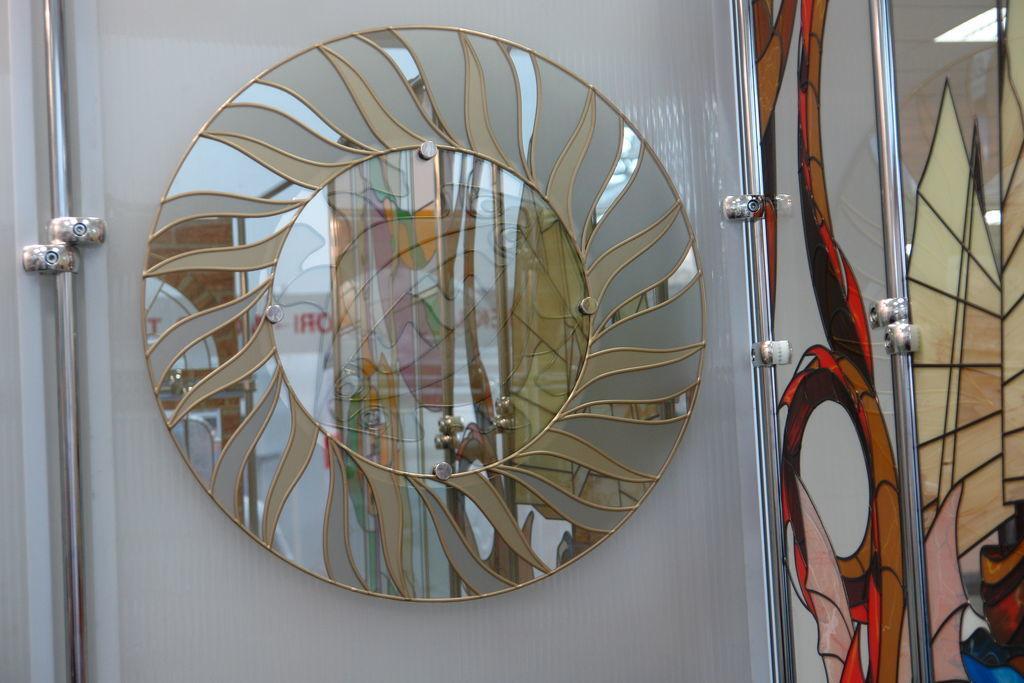 Витраж на зеркале