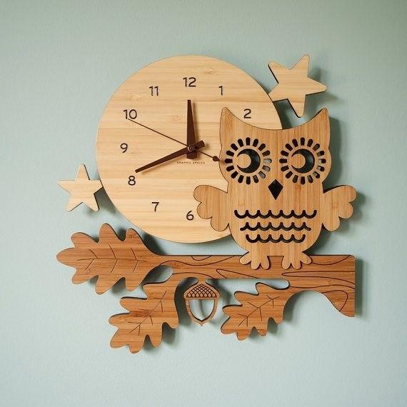 Как сделать настенные часы своими руками?
