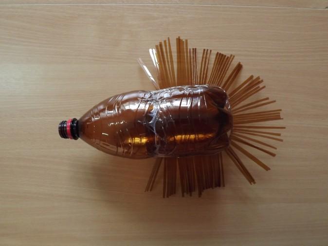 Поделка изделие моделирование конструирование ежик из пластиковых бутылок бутылки пластиковые