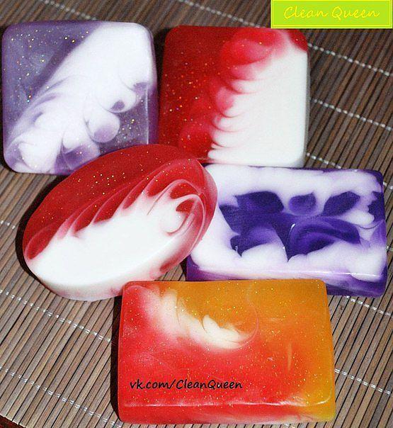 Мыло со свирлами из основы с волшебным ароматом лаванды