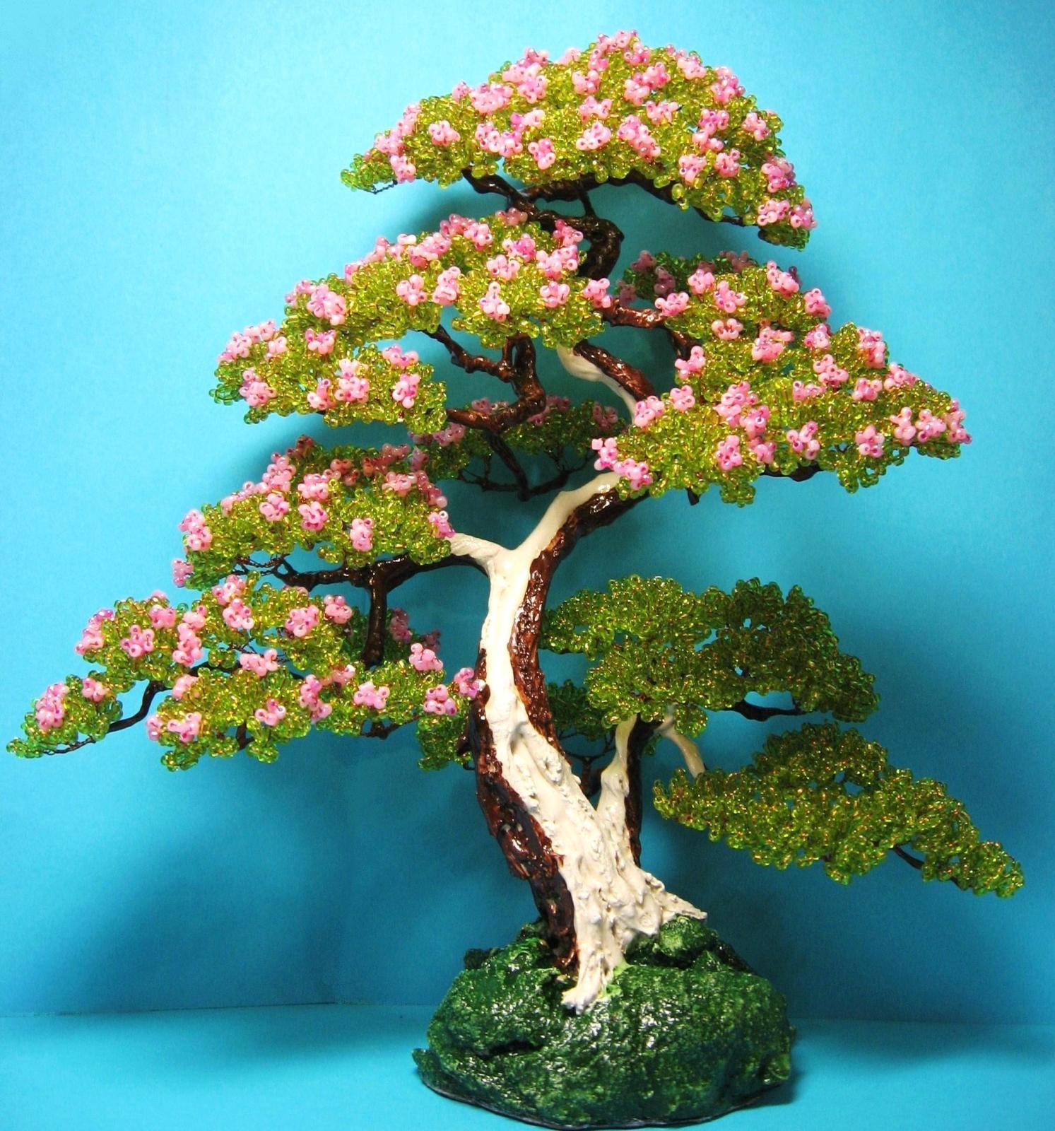Деревья из бисера для начинающих. примеры плетения.