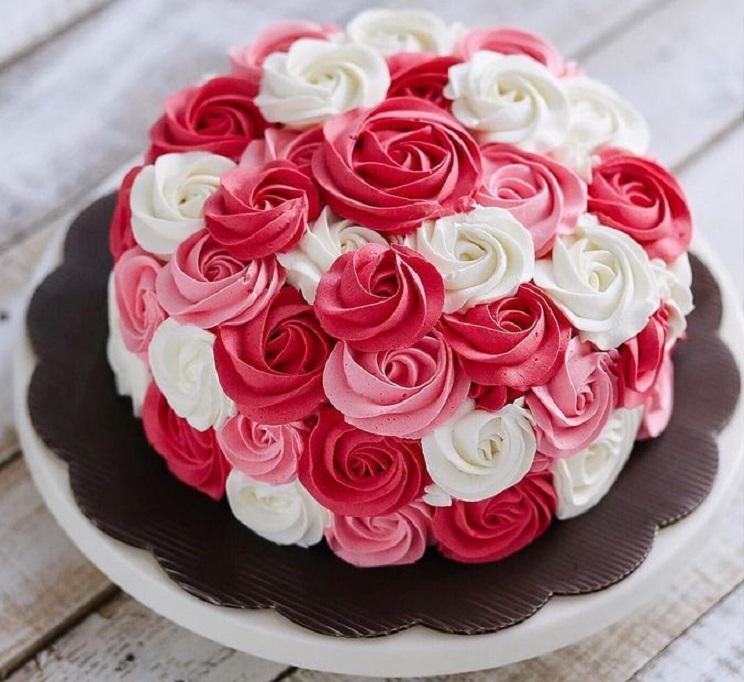 Розочки из крема для торта